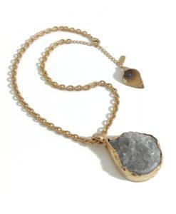collier ras du cou quartz gris