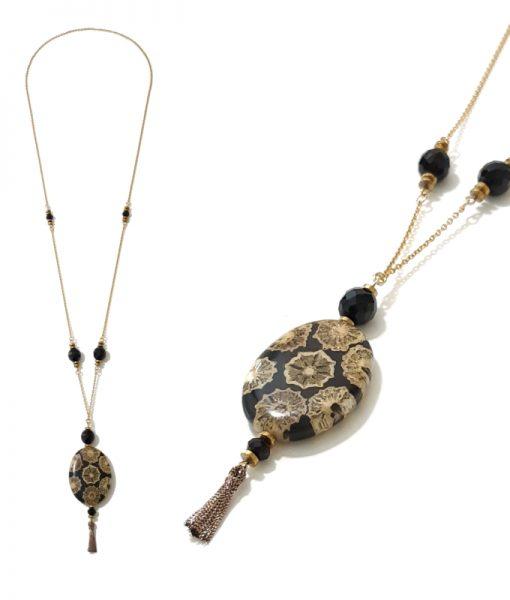 COLLIER Pendentif Médaillon pompon perles